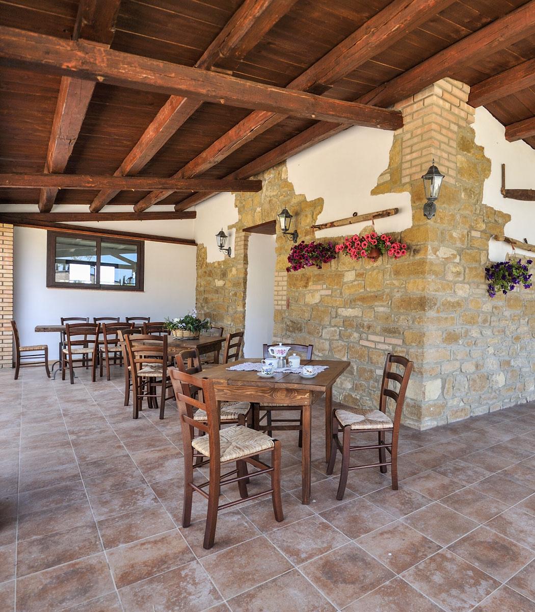 foto della parte esterna del ristorante